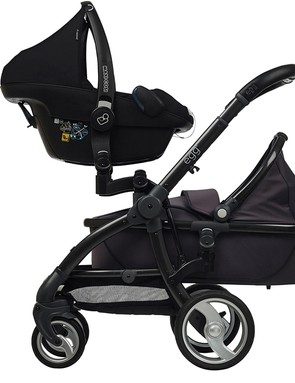 babystyle-egg-double-pushchair-review_145964