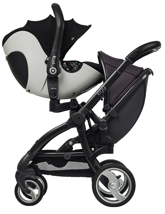 babystyle-egg-double-pushchair-review_145968