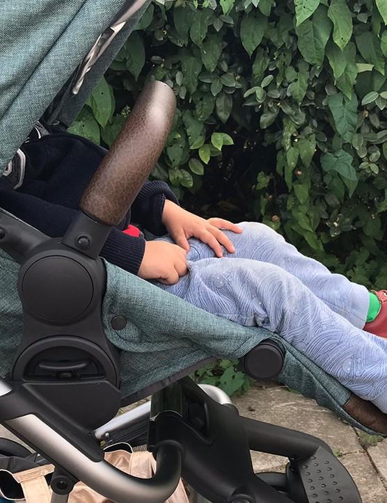 babystyle-hybrid-city-stroller_214580