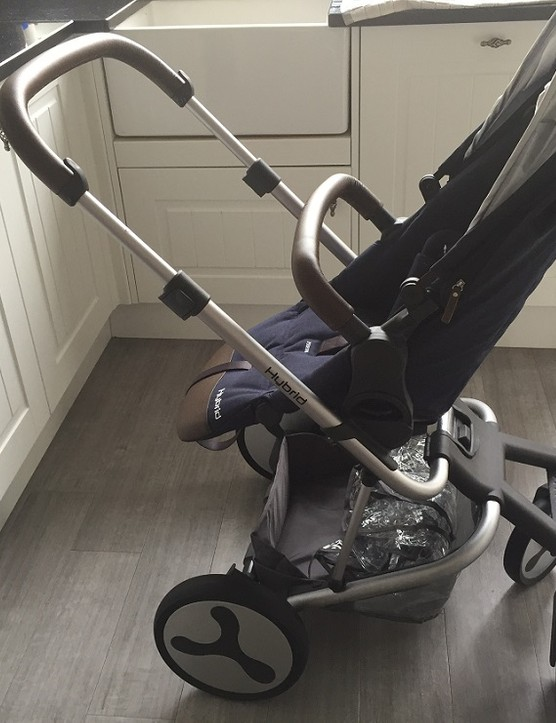 babystyle-hybrid-edge-pushchair-review_174265