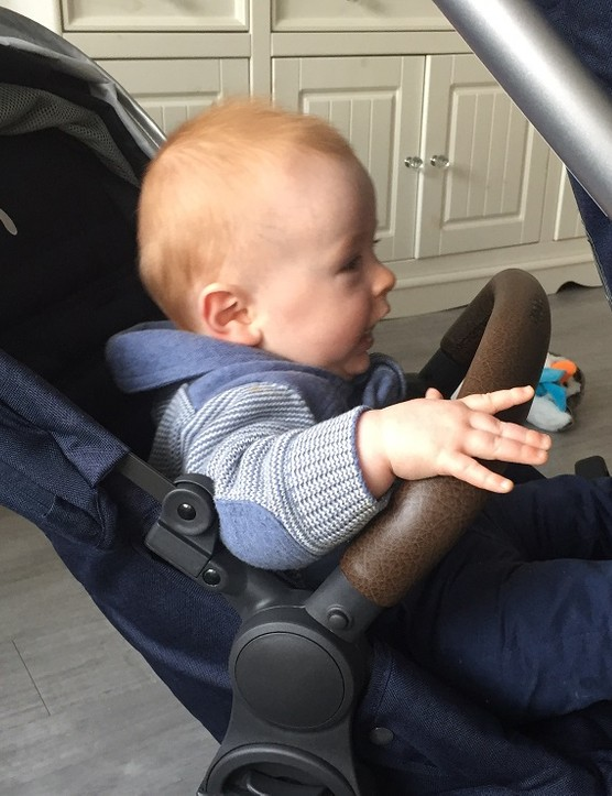 babystyle-hybrid-edge-pushchair-review_174270