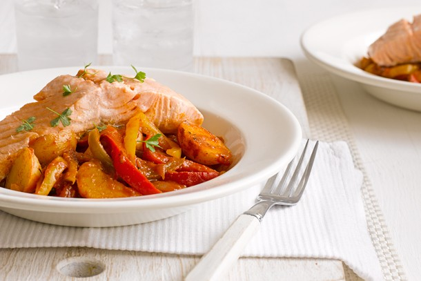 basque-style-salmon-stew_143189