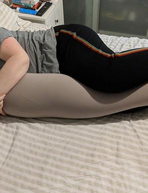 bbhugme-pregnancy-pillow_204423