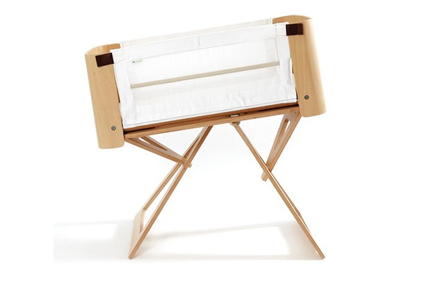 bednest-nct-stops-selling-bedside-crib-following-death-of-7-week-old-baby_87028