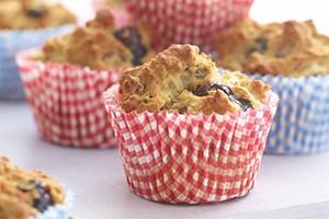 berry-and-banana-muffins_130041