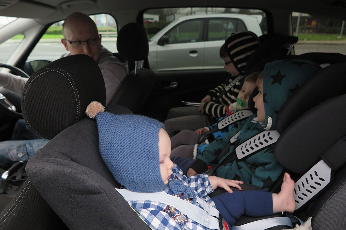Best narrow UK car seats that fit 3