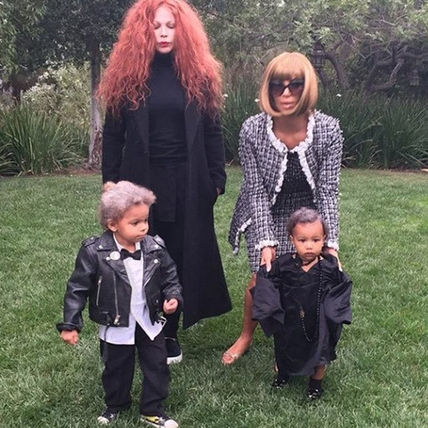 best-celebrity-family-halloween-costumes_kimk-anna-wintour-costume