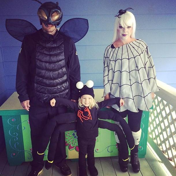 pink bug family