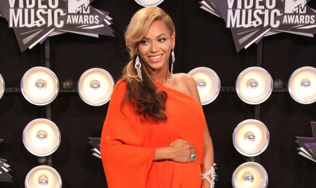beyonce-is-named-celebrity-most-pregnant-women-look-up-to_31375