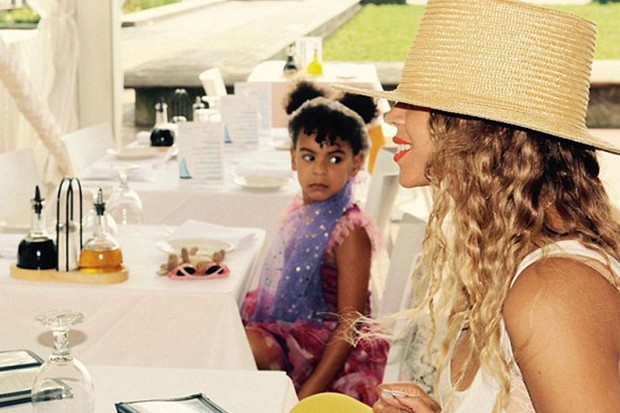 beyonce-shares-very-rare-pis-of-her-adorable-daughter-blue-ivy_160868