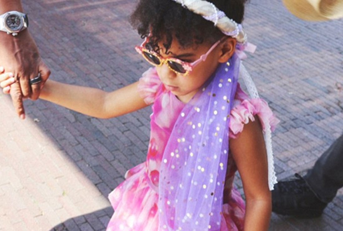 beyonce-shares-very-rare-pis-of-her-adorable-daughter-blue-ivy_160871