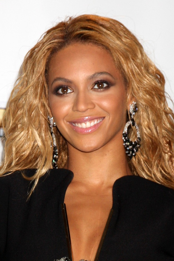 beyonce-to-return-to-the-stage-in-may_35185