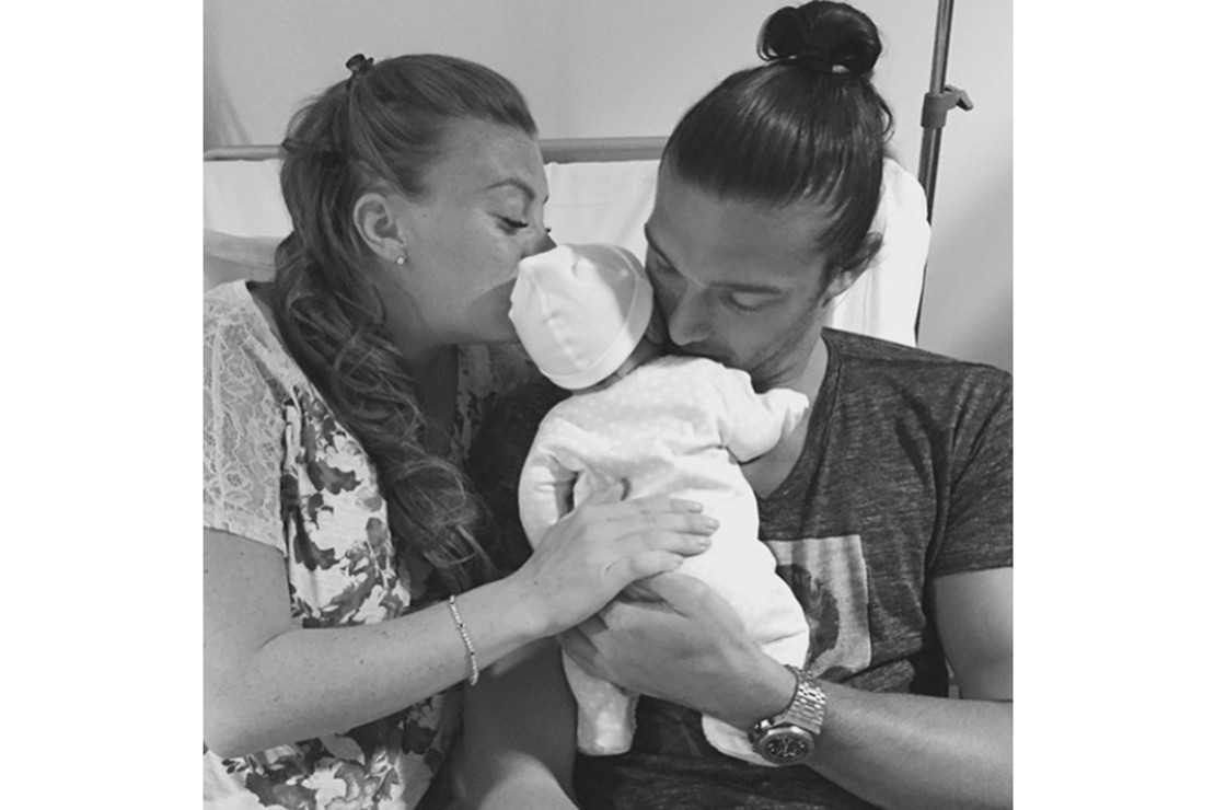billi-mucklow-reveals-baby-name-with-odd-announcement-pic_127223
