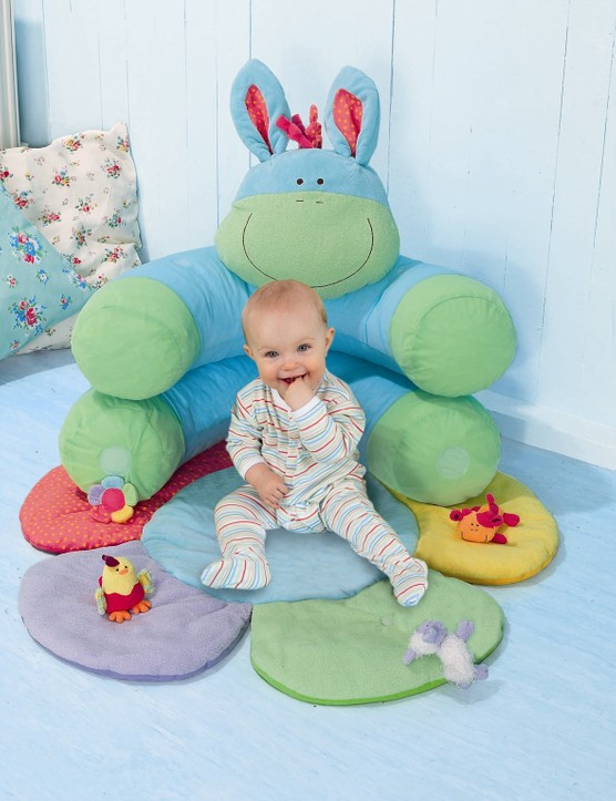 blossom-farm-sit-me-up-cosy_3871