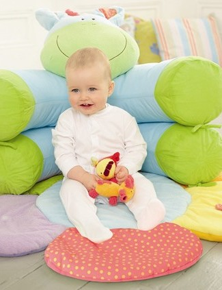 blossom-farm-sit-me-up-cosy_3874