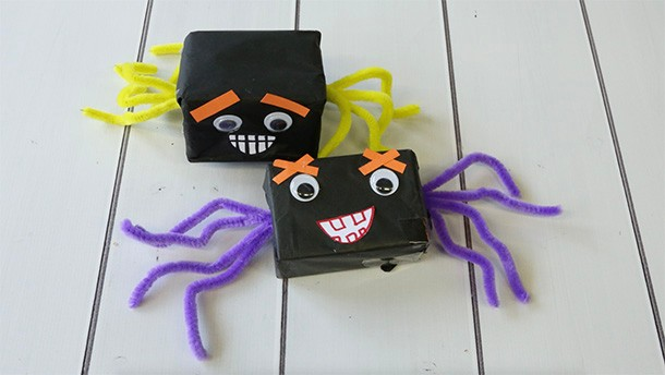 box-spiders-halloween-crafts-instructions_186817
