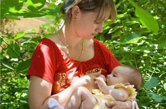 breastfeeding-in-public-put-to-the-test_4660