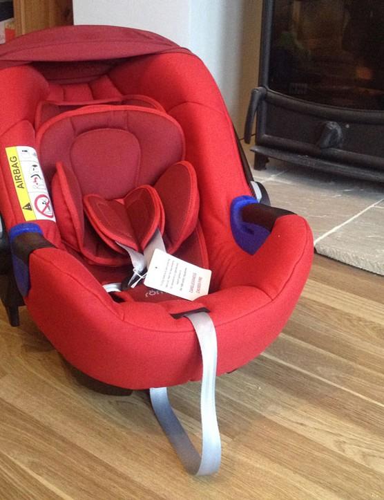 britax-baby-safe-i-size-car-seat_169755