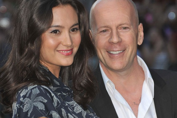 bruce-willis-becomes-a-dad-again_35663