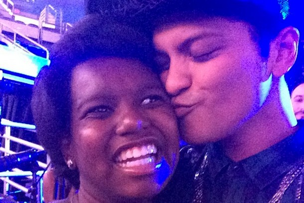 bruno-mars-brings-11-year-old-car-crash-victim-out-of-coma-then-thanks-her_57532
