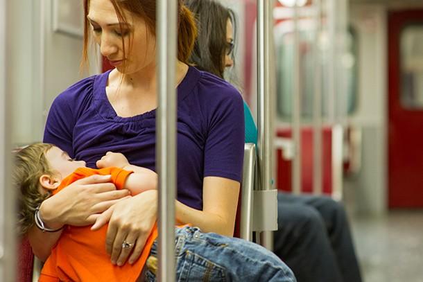 bus-breastfeeding-mum-shamed_196270