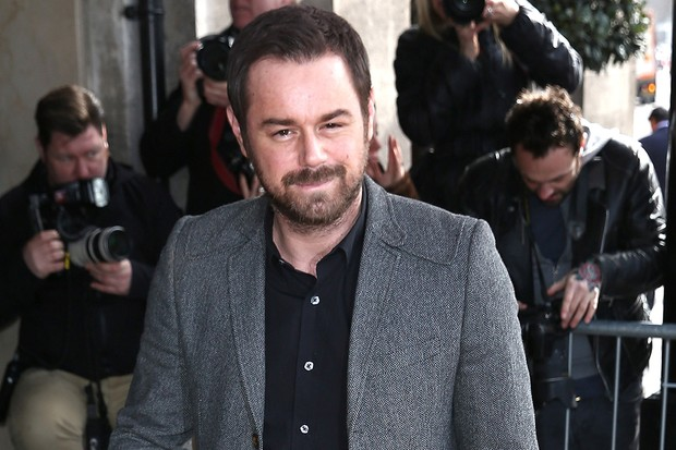 busted-danny-dyer-left-red-faced-by-7-year-old-daughter_85291