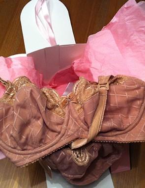 cake-lingerie-caramel-licorice-twist-bra_151527