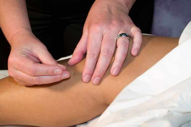 can-acupuncture-help-your-fertility_110