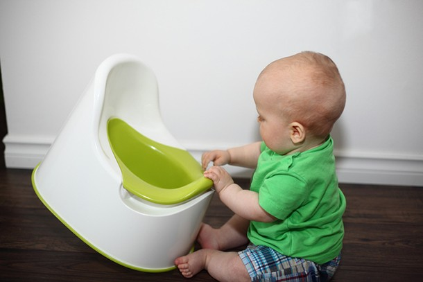 can-you-potty-train-an-8-month-old-baby_186653