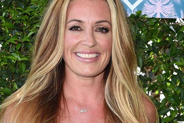 cat-deeley-reveals-sons-cute-name-with-a-diamond-necklace_159908