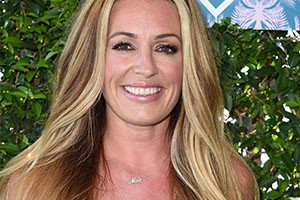 cat-deeley-reveals-sons-cute-name-with-a-diamond-necklace_159909
