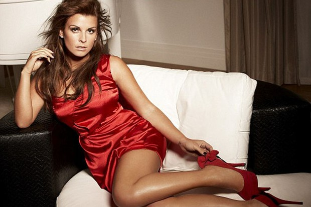 celeb-mum-coleen-rooney-models-party-dress-collection_18324