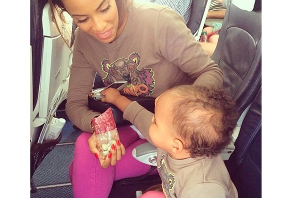 celebrity-baby-news-rochelle-liv-tyler-and-carrie-underwood_60823