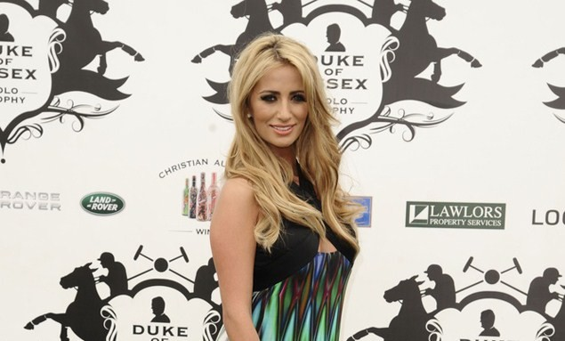 chantelle-houghton-shares-her-labour-nerves_38433