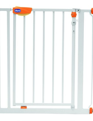 chicco-nightlight-safety-gate_16253