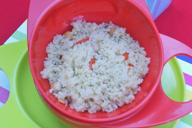 chickpea-and-red-pepper-couscous_48717