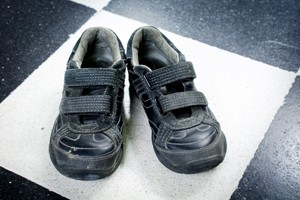 childrens-shoes-your-guide-to-buying-shoes-for-school-and-play_130146