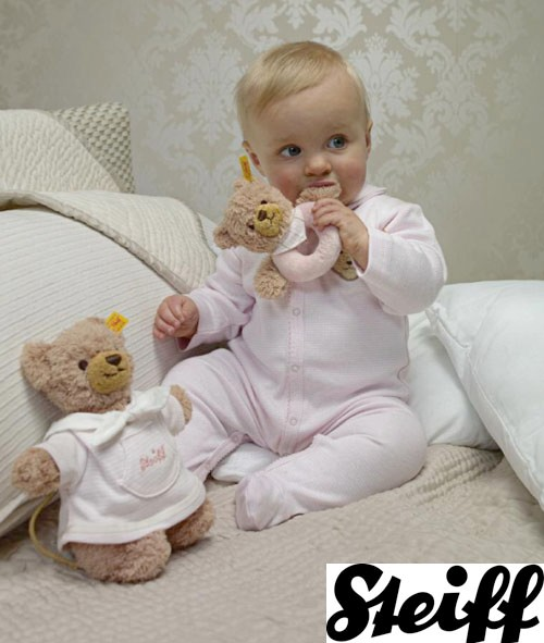 classic-teddy-bear-brand-launches-baby-clothing_14837