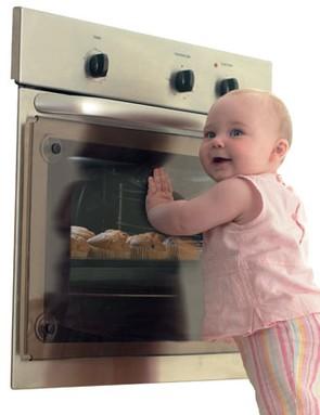clevamama-transparent-oven-door-guard_11004