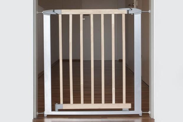 clippasafe-extendable-swing-shut-gate_35324