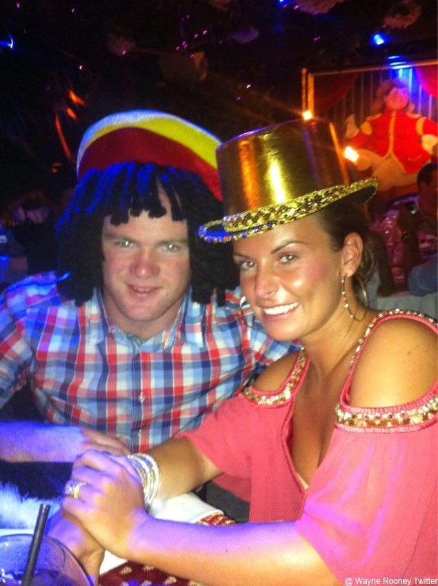 coleen-and-wayne-rooneys-intimate-family-holiday-pics_23614
