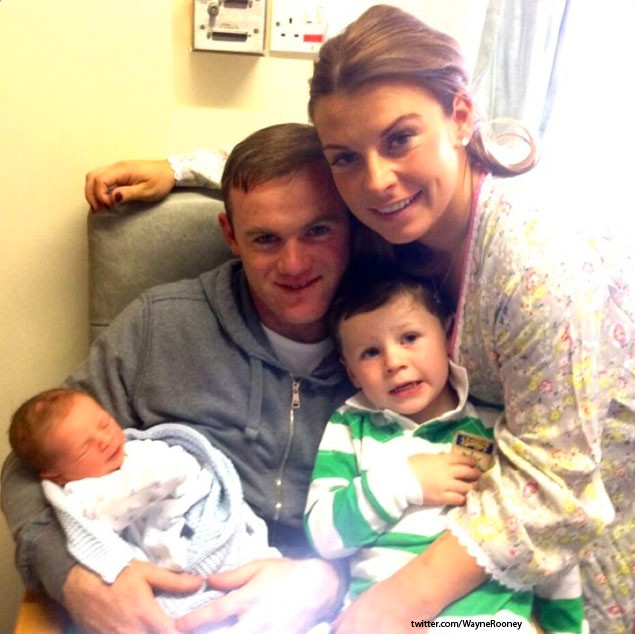 coleen-rooney-gives-birth-to-second-son-_47609