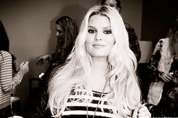confusion-over-whether-jessica-simpson-has-given-birth_35251