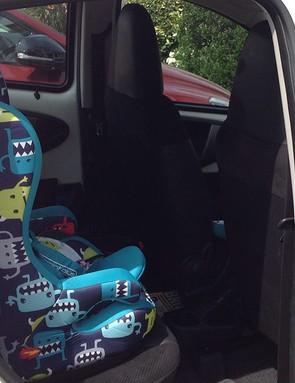 cosatto-hubbub-car-seat-with-5-point-plus-anti-escape-system_151829