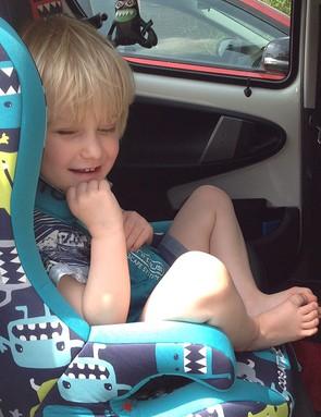 cosatto-hubbub-car-seat-with-5-point-plus-anti-escape-system_151831