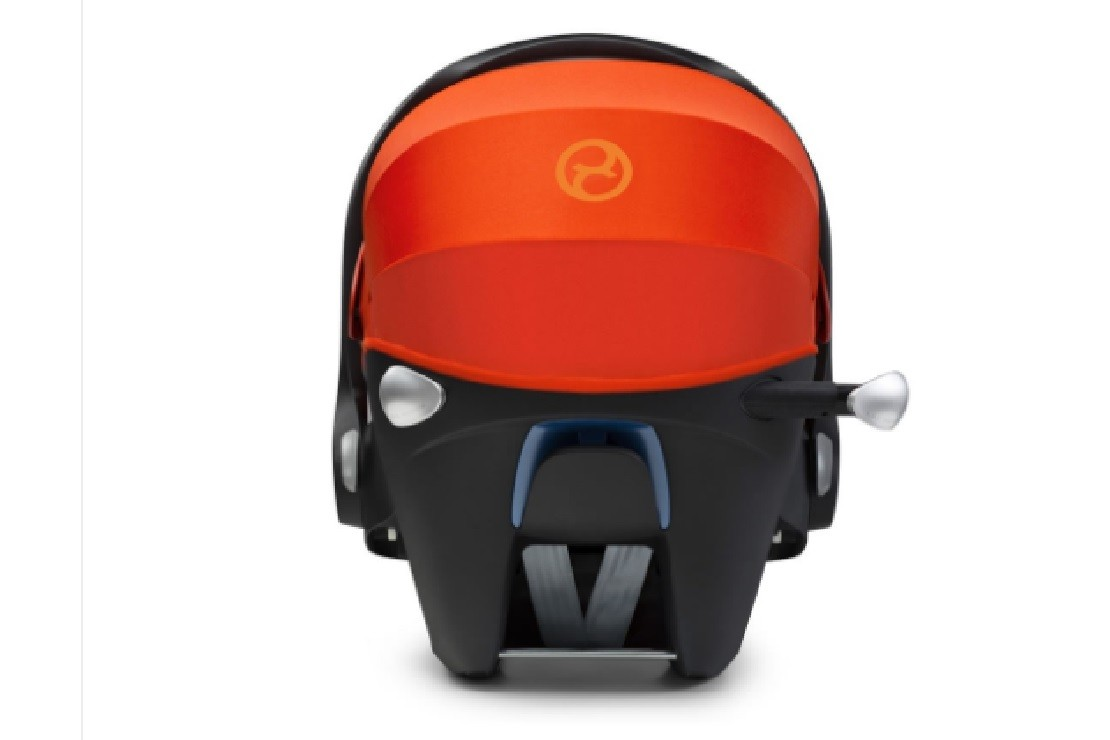 Cybex Cloud Q has telescopic linear side impact protection