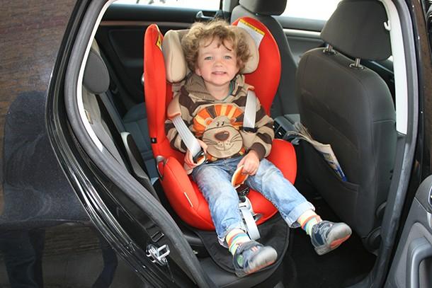 cybex-sirona-car-seat_j