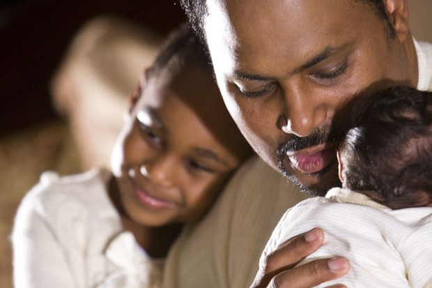 dads-to-get-more-paid-paternity-leave_7840