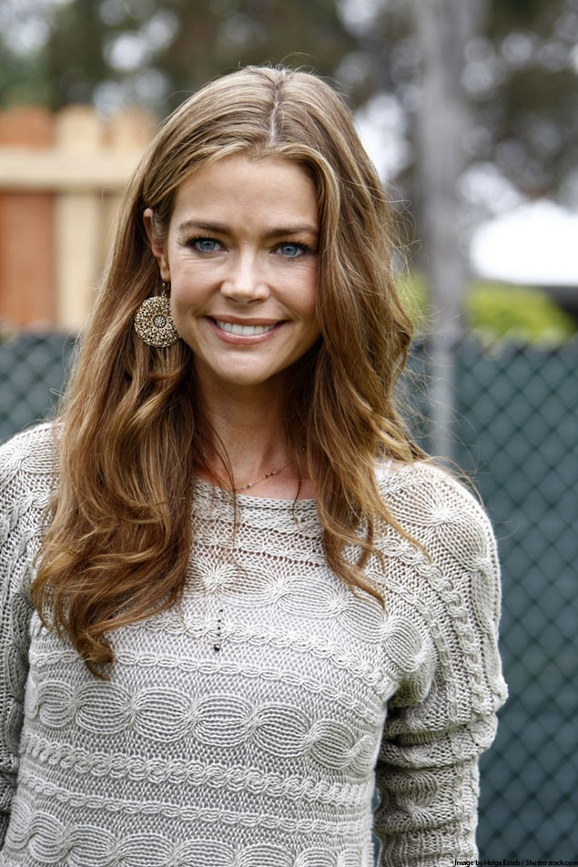 denise-richards-throws-baby-shower-for-newly-adopted-daughter_25354
