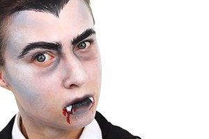 dracula-face-paint-video-guide_61489